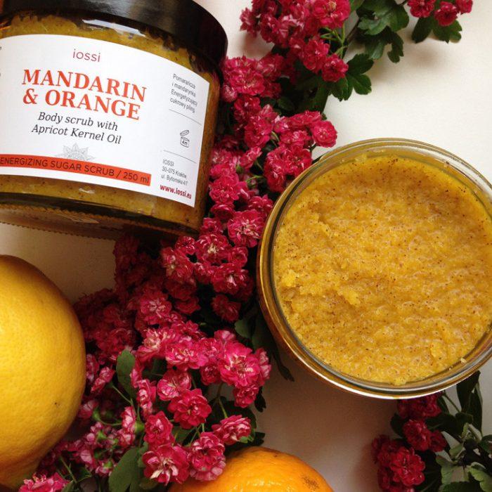 Mandarynka Pomarańcza. Aromatyczny peeling cukrowy do ciała z Iossi